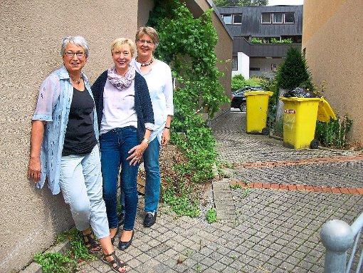 Nagold frau vor asylbewerberheim verpr gelt for Polster nagold