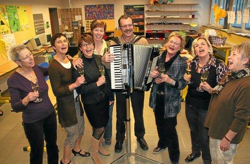Villingen-Schwenningen: Frauen tanzen für guten Zweck - Villingen ...