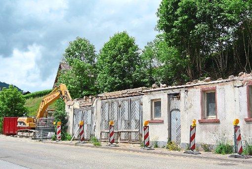baiersbronn ehemaliges hotel sonne wird abgerissen baiersbronn schwarzw lder bote. Black Bedroom Furniture Sets. Home Design Ideas