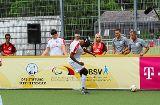 Fußball: Der Sehende unter den Blinden