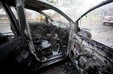 Feuerwehr findet Leiche in ausgebranntem Auto in Ringingen
