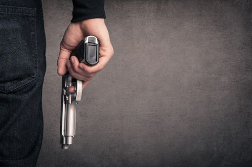 Ein bewaffneter Jugendlicher hat in Offenburg die Polizei auf den Plan gerufen. (Symbolfoto) Foto: pio3/ Shutterstock