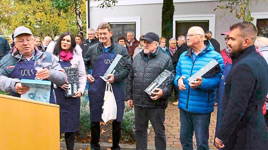 Rottenburg: Ergenzinger und Golser stoßen auf drei Jahrzehnte an - Rottenburg - Schwarzwälder Bote