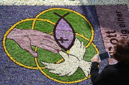 Einen Blumenteppich wird es an Fronleichnam im Bregtal geben.  Foto: Seeger Foto: Schwarzwälder Bote