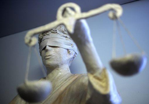 Bei der Verhandlung schwiegen die beiden Angeklagten – es gab kein Geständnis, keine Angaben zu den einzelnen Fällen oder zur Person. (Symbolfoto) Foto: Steffen