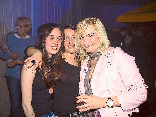 Gelöste Stimmung herrscht bei der Party in Brittheim.  Foto: May Foto: Schwarzwälder-Bote