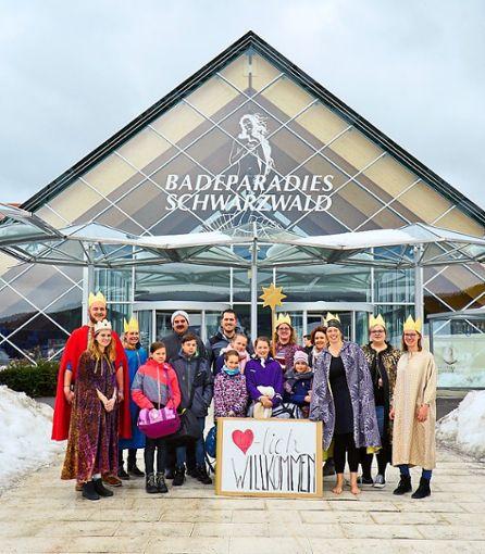 500 Sternsinger aus ganz Süddeutschland erleben den Sternsingerdanketag der Erzdiözese Freiburg im Badeparadies Schwarzwald in Titisee-Neustadt.     Foto: Badeparadies Foto: Schwarzwälder Bote