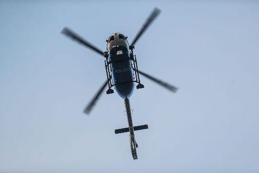 Mit einem Hubschrauber wurde im Zollernalbkreis nach einem vermissten Jungen gesucht. Foto: Marc Eich