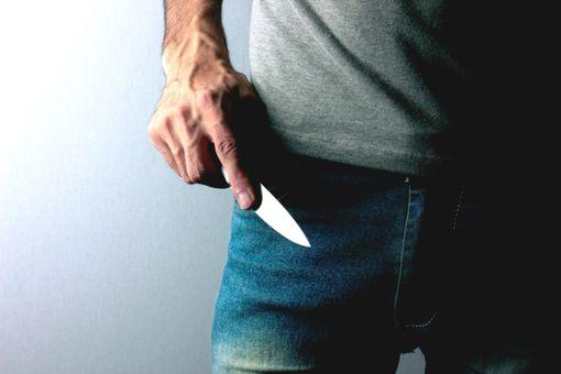 Weil der Täter unter einer paranoiden Schizophrenie leidet, bleibt er in der Psychiatrie. (Symbolfoto) Foto: ©Bughdaryan_stock.adobe.com