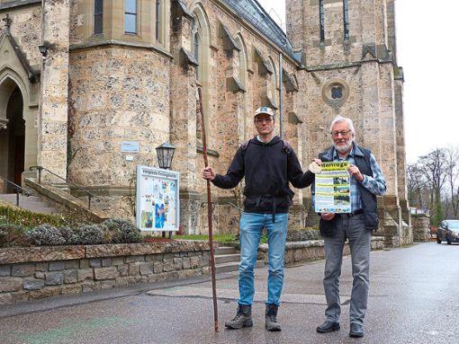 Geoffrey Schwegler und Walter Burgbacher stellen die Pilgerveranstaltung Unterwegs im Auftrag des Herrn vor, die im April startet.   Foto: Straub Foto: Schwarzwälder Bote