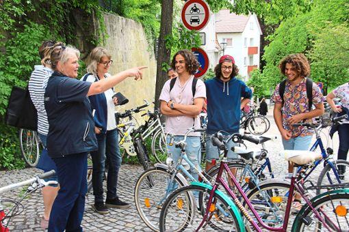 Zum Ersten, zum Zweiten und zum Dritten: Die Retrobikes schnappt sich die Jugend.    Foto: Schmidt Foto: Schwarzwälder Bote