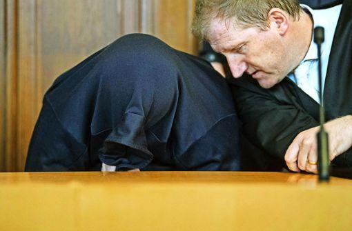 Versteckspiel: Drazen D. vor Gericht Foto: dpa