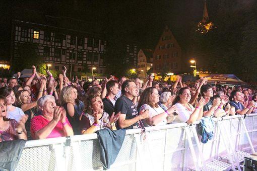 Bei der Langen Kulturnacht wurde Schwenningen zur Partymeile. Foto: Pohl