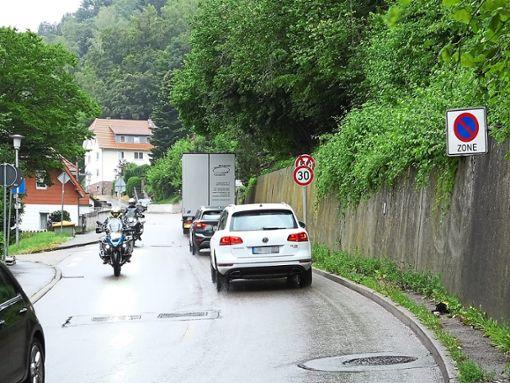 In der Pletschenau gilt seit Anfang Juli Tempo 30. Darauf reagiert nun auch der stationäre Blitzer.  Foto: Stocker
