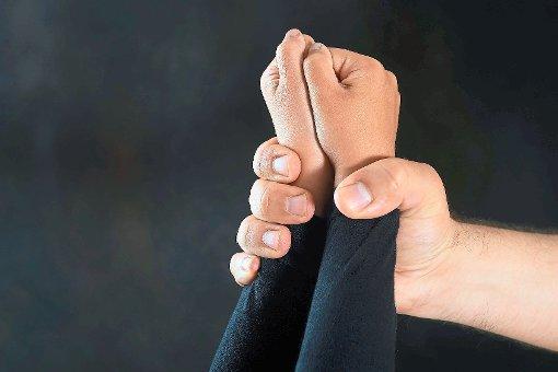 Ein 33-Jähriger aus Spanien hat im Missbrauchsprozess von Staufen ein Geständnis abgelegt. (Symbolfoto) Foto: vkara/Fotolia.com