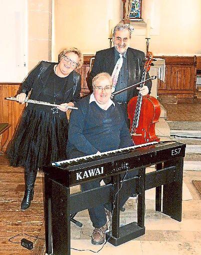 Christiane Lankers-Kreisel,  Andreas Kreisel und Organist Friedwald Hruby bilden das Trio Cantabile.   Foto: Privat Foto: Schwarzwälder-Bote