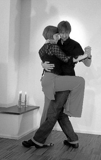Carsten Engelhardt und Maximiliane Strigl veranstalten Tango-Milongas, Kurse und Workshops in Rottweil.  Foto: privat Foto: Schwarzwälder-Bote