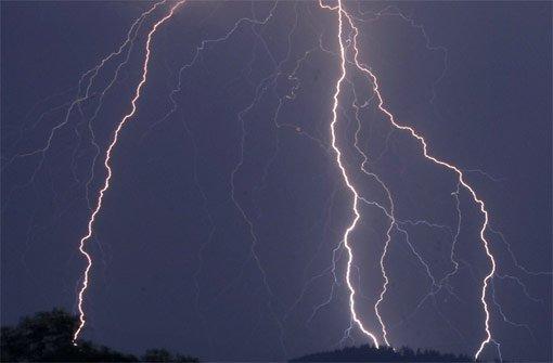 Ein Blitzeinschlag hat ein Bauernhaus im Kreis Konstanz komplett zerstört. Foto: dpa
