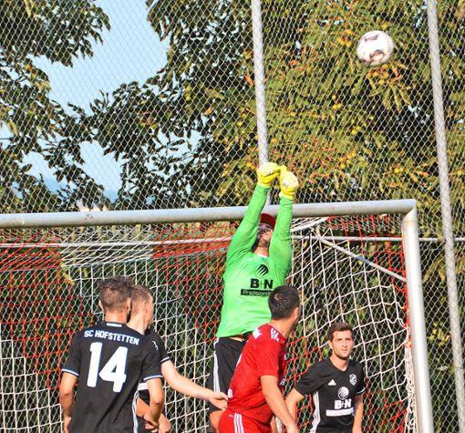 Wenn SC-Keeper Daniel Lupfer in Stadelhofen die Null hält, hat Hofstetten gute Chancen  auf ein Weiterkommen im Pokal.  Foto: Bauer Foto: Schwarzwälder Bote