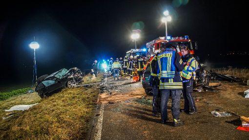Bei einem Unfall nahe Ergenzingen sind zwei junge Menschen ums Leben gekommen.  Foto: SDMG / Dettenmeyer