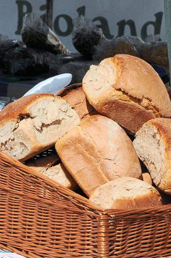 Ob  Brot oder Honig – das Angebot auf dem Markt ist vielfältig.   Foto: Landratsamt Foto: Schwarzwälder Bote