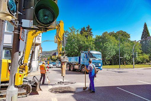 An der Kreuzung der Calwer Straße mit der Lange Straße laufen die Vorarbeiten für den letzten Bauabschnitt.   Foto: Fritsch