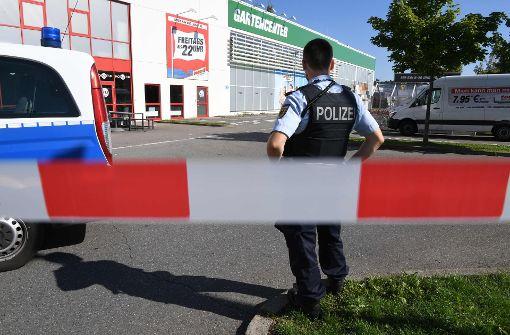Schaulustige haben den Einsatz bei der Konstanzer Disco-Schießerei gestört. Foto: dpa