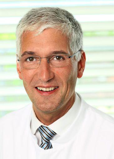 Wolfram Lamadé blickt mit Zuversicht auf seine neue Aufgabe im Helios Klinikum Pforzheim.  Foto: Klinik Foto: Schwarzwälder Bote