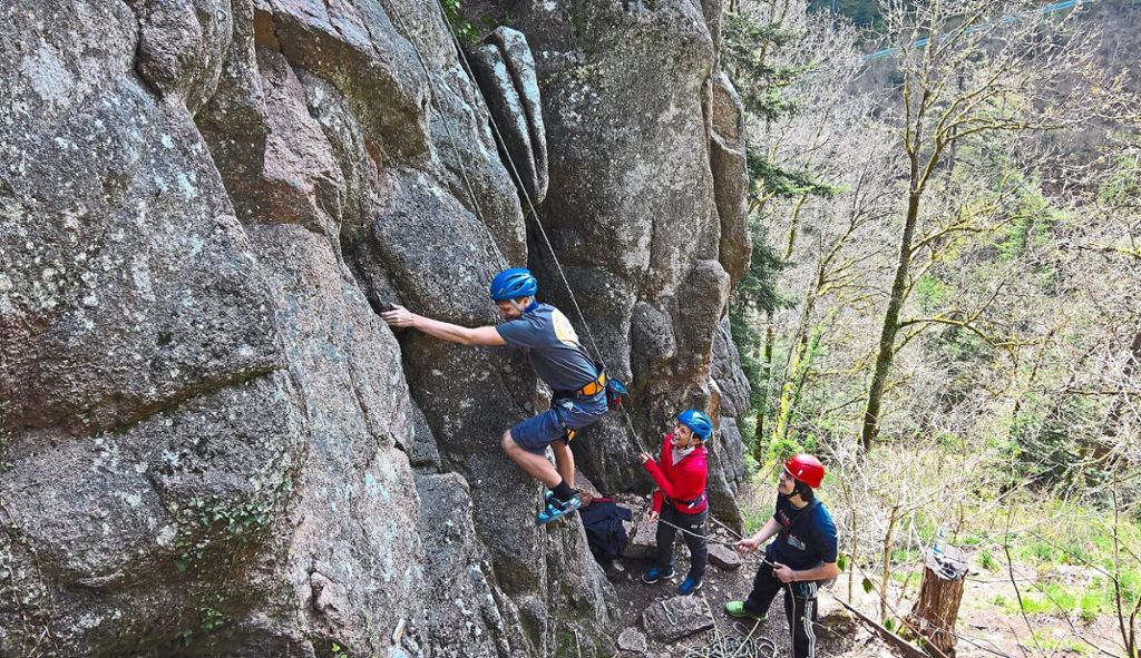 Kletterausrüstung Dav : Schramberg: wieder kletterkurse am falkenstein schramberg