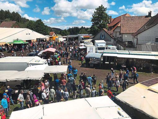 Der traditionelle Schellenmarkt wird sicher auch in diesem Jahr wieder viele Besucher auf den Fohrenbühl zeihen.  Foto: Lauble Foto: Schwarzwälder Bote