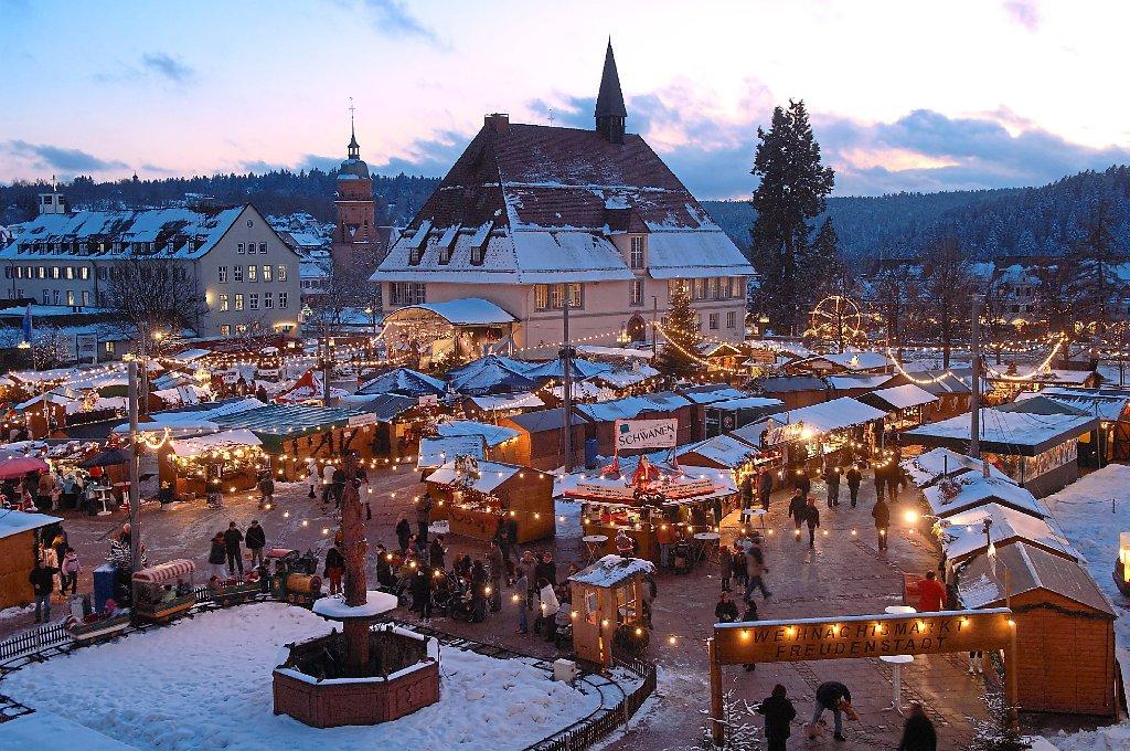 Weihnachtsmarkt Unter Der Woche.Freudenstadt Weihnachtsmarkt Unter Neuer Regie Freudenstadt