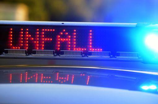 Der verunglückte Motorradfahrer starb noch an der Unfallstelle (Symbolbild). Foto: dpa