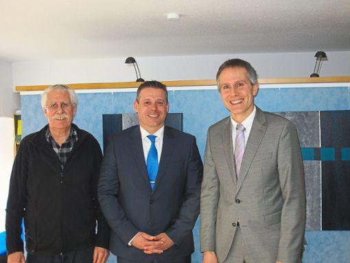 Sie tauschten sich aus (von links): Max Bammert, Wolfgang Hansel und und Jochen Link.  Foto: Weißer Ring Foto: Schwarzwälder Bote