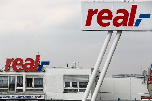 Schließen beide Real-Märkte in Balingen? Die Antwort ist noch ungewiss. Foto: Maier