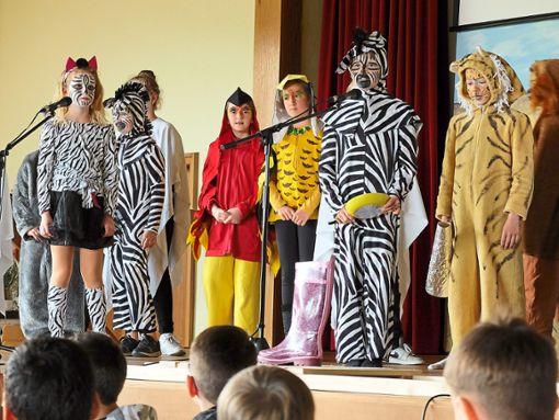 Mit dem Musical Kwela, Kwela! entführten die Schüler in die Savanne.   Foto: Grundschule Klosterreichenbach Foto: Schwarzwälder Bote