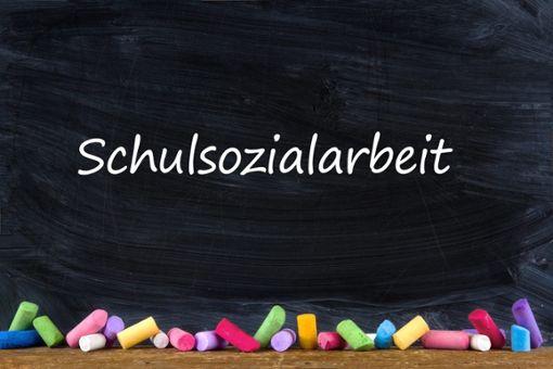 Sozialarbeit an Schulen wird immer wichtiger. Das sieht auch der Haigerlocher Gemeinderat so und genehmigte eine zusätzliche Stelle an Grundschulen.  Foto: ©West_stock.adobe.com Foto: Schwarzwälder Bote