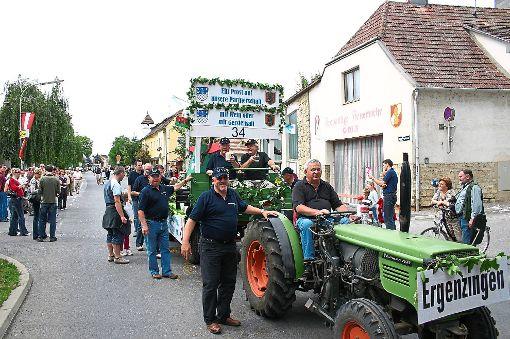Der Festwagen beim 40. Golser Volksfest 2007 – dieses Mal fehlt ein solch prächtiger Wagen.  Archiv-Foto: Ranft Foto: Schwarzwälder-Bote