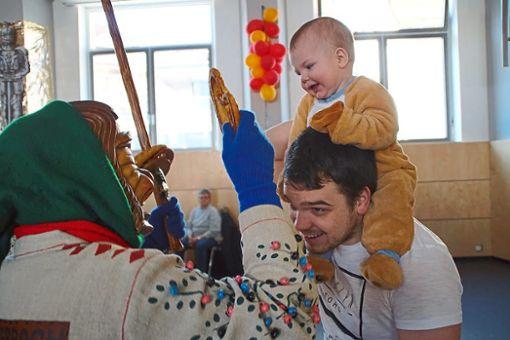 Beim letzten Lauterbacher Brezelsegen für dieses Jahr freuen sich vor allem die Kleinen. Foto: Schwarzwälder Bote
