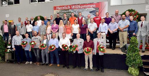 Langjährige Mitglieder der großen Rexroth-Familie wurden am Jubiläumsfest  geehrt.   Foto: Morlok