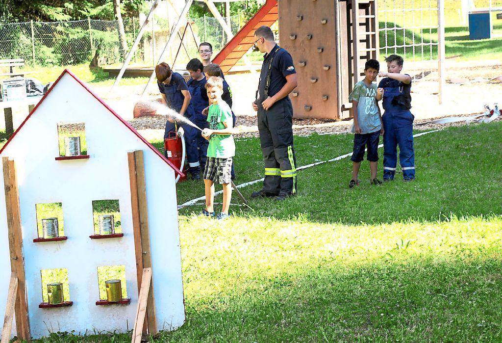 Triberg Kinder Durfen Feuerwehr Spielen Triberg Schwarzwalder Bote