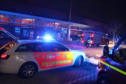 Feuerwehreinsatz am Hornbach-Markt in Rottweil. Foto: Schulz
