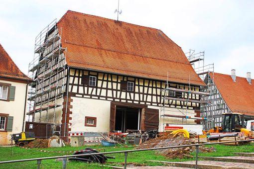Die Obere Scheuer des Klosters Kirchberg wird zu einem Tagungshaus umgebaut. Foto: Steinmetz