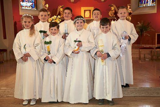 Acht Kinder feierten in Horb-Ahldorf Erstkommunion.  Foto: Tischbein