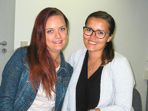 Setphanie Straub (links) und Kerstin Haug vom Vorstand des NGZ kritisieren das mangelnde Interesse  der Mitglieder am  Vereinsleben. Foto: Breitenreuter