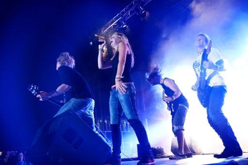 Die Band Lieber Anders live auf der Bühne. Foto: Band