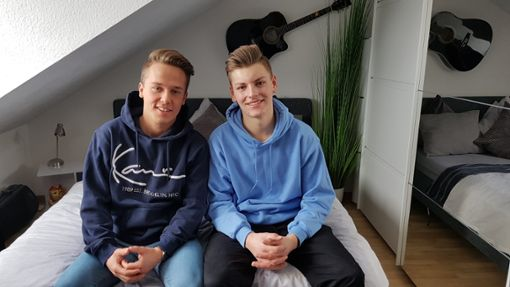Jonas Weisser und sein bester Freund Maxi Hermle. Foto: (nk)