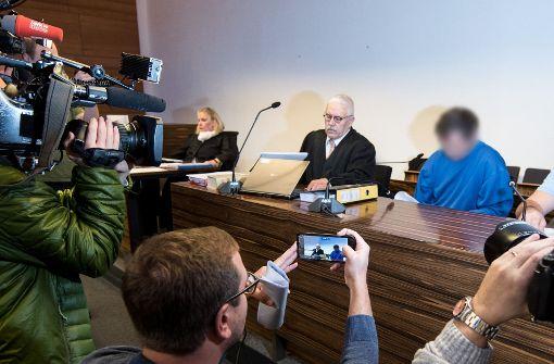 Für Winckler ist nach den drei Gesprächen, die er mit C. in der Haft führen konnte, klar: Der Angeklagte ist ein gefährlicher Mann, der jederzeit wieder zuschlagen könnte. Foto: dpa