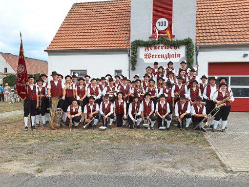 Die Trachtenkapelle umrahmte den Festumzug und unterhielt die Gäste.  Foto: Musikverein Stammheim Foto: Schwarzwälder Bote