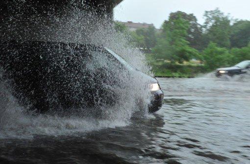 Im Zollernalbkreis hat es ein Gewitter mit teils heftigen Regengüssen gegeben. (Symbolfoto) Foto: dpa