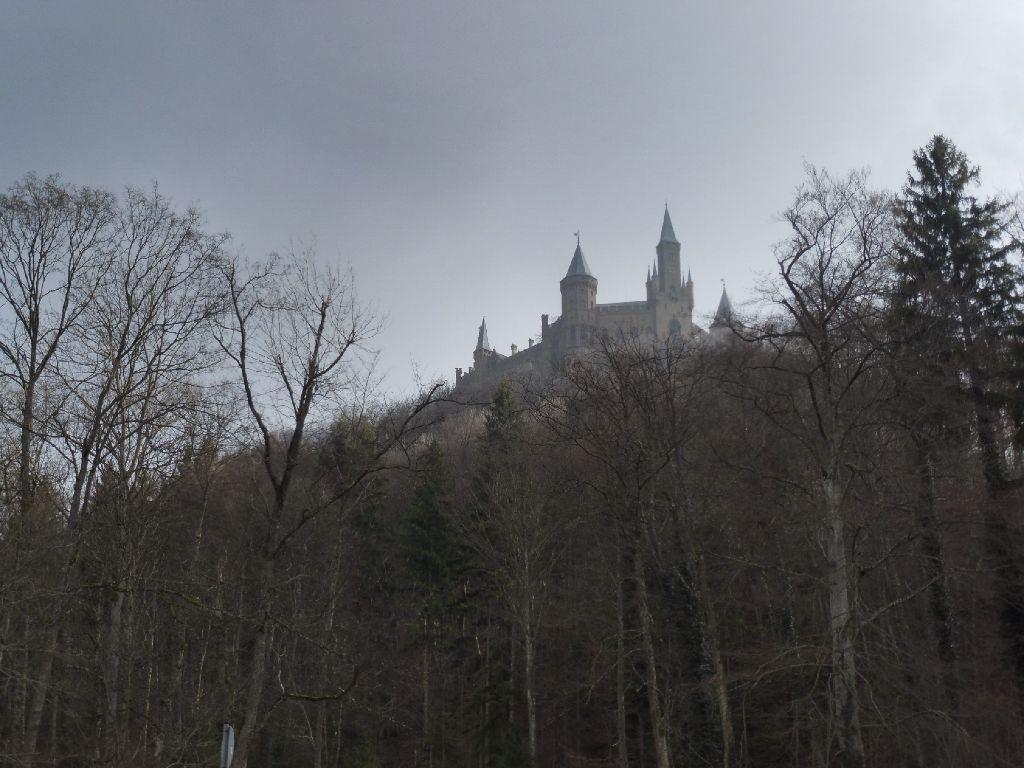 Bisingen Burg Horrorfilm Schauplatze Von A Cure For Wellness Bisingen Schwarzwalder Bote